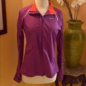 Nike purple storm fit windbreaker sz M